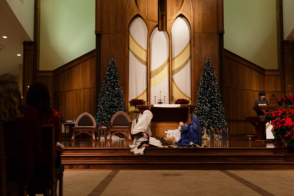 Mary and Joseph find shelter in the stable.